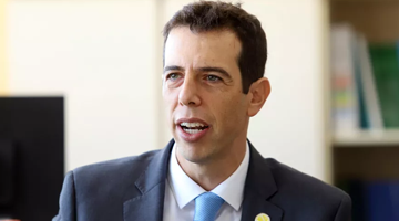 SETOR PRIVADO DE EDUCAÇÃO APROVA O NOVO MINISTRO RENATO FEDER
